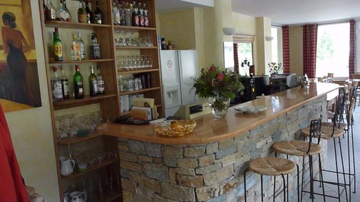Bar et salle des petits déjeuners